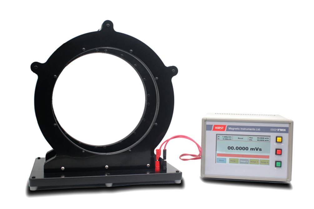 Helmholtz coil and IFM06 fluxmeter